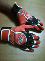 Batting gloves_09.11.24_2.jpg